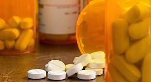 השפעת טיפול בהפטיטיס C על עוצמת כאב, שימוש באופיואידים ודלקות פרקים